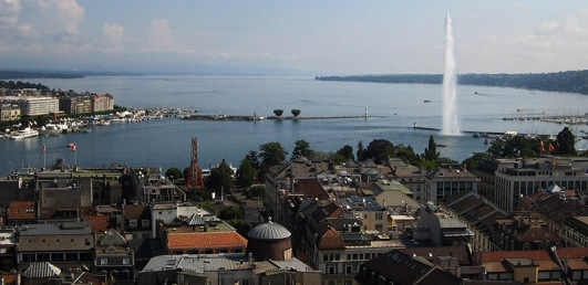 Lake_Geneva_petit