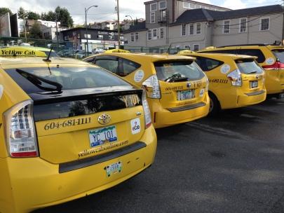 Comme en France, qualité et disponibilité sont des atouts clefs. Déjà lancé à Vancouvert, le réseau international eCab sera disponible en 2016 à Montréal, Ottawa, Calgary et Edmonton . Fleuron de la FrenchTech 100% taxis, l'application fédère aujourd'hui 30 000 chauffeurs de Rennes à Bombay.
