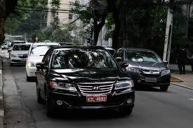 « Black taxis » ou Taxi preto en portugais.