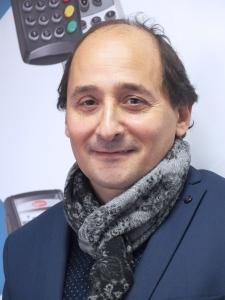 Alexis Smadja, responsable vente taxis, laboratoires, pharmacies et praticiens.