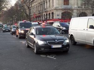 Assumant la modernisation du secteur, les taxis assurent leur service mais restent vigilants quant à l'issue de la médiation VTC / plates-formes.