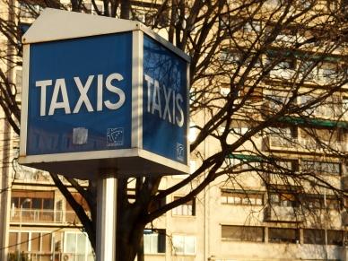 A Marseille, la municipalité lutte contre le racolage illégal.